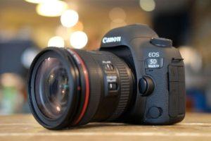 Canon 5D Mark IV объявят 25 августа 2016
