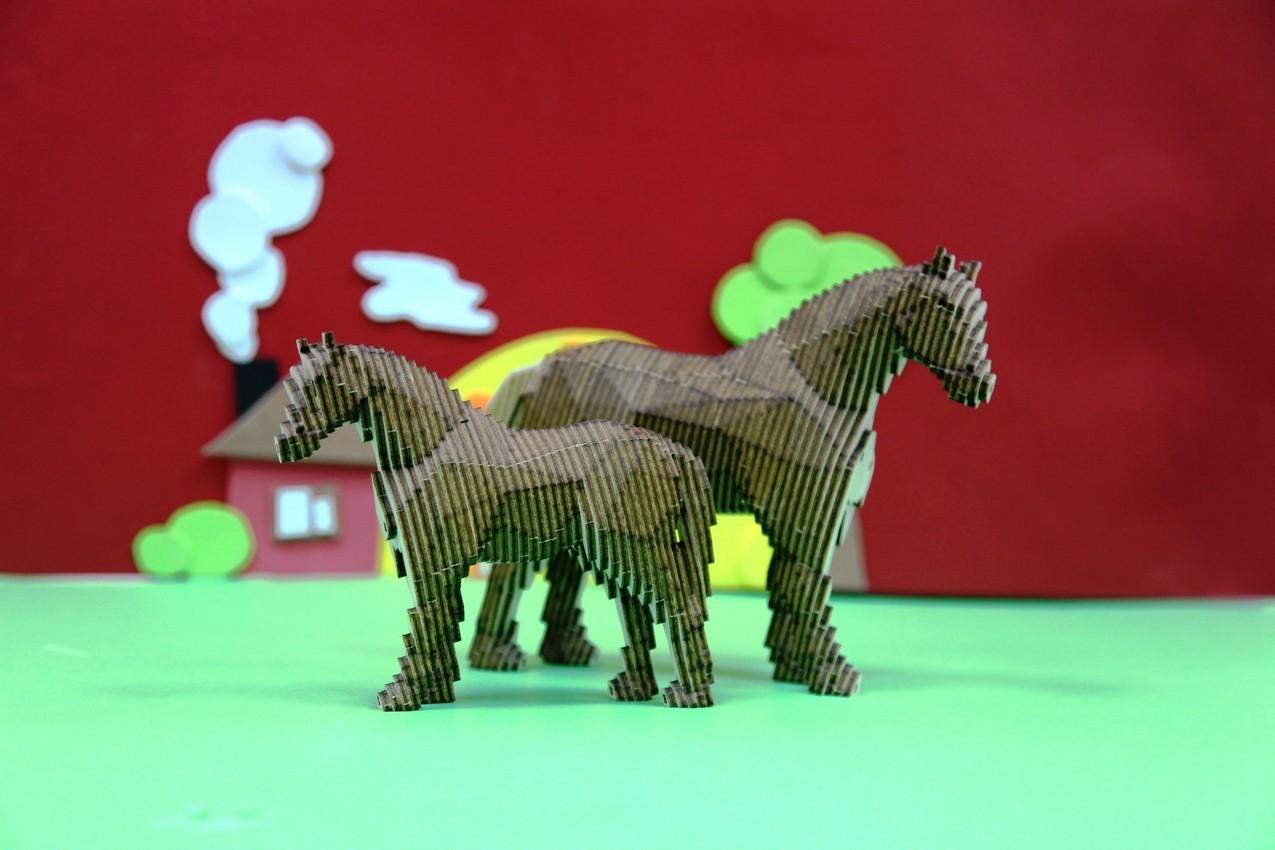 """Деревянный 3D конструктор Uniwood """"Лошадь с жеребёнком"""""""